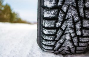 tire tread with snow